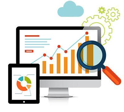 Statistiques graphiques d'une stratégie digitale sur un écran d'ordinateur